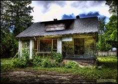 Abandoned Ladner Haunted Houses, Abandoned, Cabin, Explore, House Styles, Pictures, Home Decor, Left Out, Photos