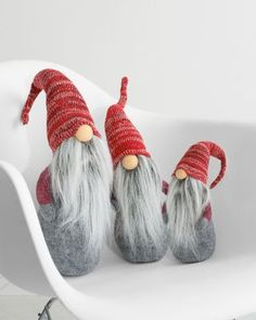 Cute idea to turn a gourd into something like this!  Swedish/Scandinavian Christmas Tomte Gnomes #gnomes #adorable #loveit
