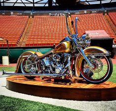 Stadium Softail
