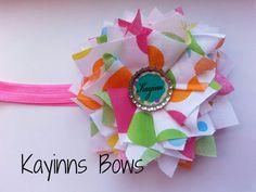 Kayinn's Bows.  Fabric hair bow