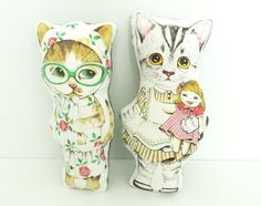 how adorable are these two cat cushions from lindsay of darling clementine