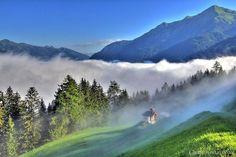 Kapelle unterhalb des Schachengut in Bad Gastein Bad Gastein, Heart Of Europe, Ultimate Travel, Alps, Austria, Cool Photos, Waterfall, Places To Visit, Mountains