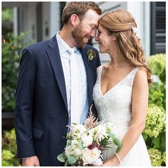Mad Dash Weddings offers budget friendly, all-inclusive packages for elopements, vow renewals, and weddings at Leslie-Alford Mims House in Holly Springs, North Carolina. Holly Springs, Coffin, Vows, Pop Up, Mad, Editorial, Weddings, Wedding Dresses, Photography