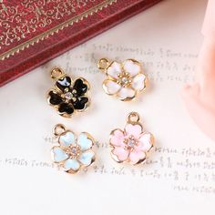 New 20PCS Oil Drop Rhinestone Core Flower DIY Jewelry Bracelet Necklace Pendant Charms Gold Tone Enamel Floating Charm     Tag a friend who would love this!     FREE Shipping Worldwide     Get it here ---> http://jewelry-steals.com/products/new-20pcs-oil-drop-rhinestone-core-flower-diy-jewelry-bracelet-necklace-pendant-charms-gold-tone-enamel-floating-charm/    #jewelry