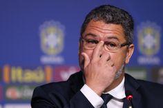 CBF divulga lista com Renato Augusto e sem Fred; Walace vai para Rio 2016 #globoesporte