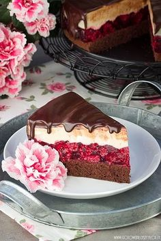 Cheese cake coffee and raspberry recipe by clicking on the picture Polish Desserts, Polish Recipes, Raspberry Recipes, Raspberry Cake, Raspberry Chocolate, Raspberry Cheesecake, Cake Recipes, Dessert Recipes, Cupcake Cakes