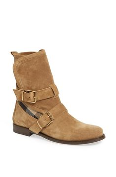 Obsessed with these Burberry 'Worcester' boots.