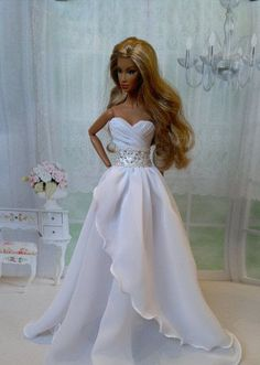 Our wooden barbie dolls family home selection possesses a scope of the police chase different styles and amount, our wooden plush animals holds are divinely detailed inside and out. Barbie Bridal, Barbie Wedding Dress, Barbie Gowns, Barbie Dress, Barbie Doll, Sewing Barbie Clothes, Barbie Clothes Patterns, Barbie Fashionista, Bridal Gowns