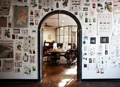 The Studio - Transistor Studios. Love the wall of clipped up items. think this what I am doing in my next studio. Workspace Inspiration, Interior Inspiration, Inspiration Wall, Home Design, Interior Design, Deco Nature, Dream Wall, Modern Retro, Architecture