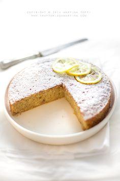 Cake with almonds and lemon - Torta con mandorle e limone (simil caprese al limone) - Trattoria da Martina Nut Recipes, Coffee Recipes, Sweet Recipes, Cake Recipes, Dessert Recipes, Torte Cake, Cake Bars, Italian Desserts, Italian Recipes