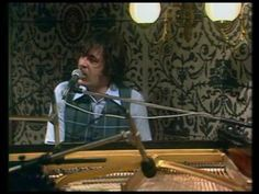Procol Harum - The Devil Came From Kansas - Live 1974 70s Music, Folk Music, Music Icon, The Rock, Rock And Roll, Procol Harum, Silver Paper, British Rock, New Inventions