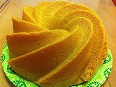 7 minuutin kakku on ihana, iso vaalea kahvikakku. Kakku on niitä helpoimpia tehdä: kaikki aineet mitataan kerralla kulhoon ja... Cake Recipes, Snack Recipes, Snacks, Sweet Pastries, No Bake Cake, Watermelon, Cake Decorating, Deserts, Good Food