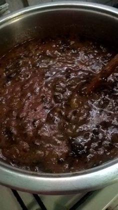 Vörösboros diós szilvalekvár, csodás ízvilág, amivel egyszerűen nem lehet betelni! - Egyszerű Gyors Receptek Pudding, Beef, Food, Meat, Custard Pudding, Essen, Puddings, Meals, Yemek