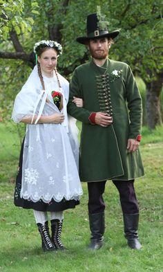 Zubří - wedding. Czech traditional folk wear