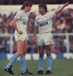 Perryman and waddle 1987 Hallam Fc, Chris Waddle, Tottenham Hotspur Players, Spurs Fans, Bolton Wanderers, White Hart Lane, Brentford, St James' Park, North London