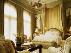 Elegant Traditional Bedroom