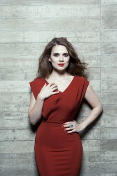 Hayley Atwell.  Love that dress!