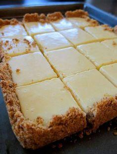TORTA CREMOSA DE LIMÃO... Huuummmm Creamy Lime Squares  Ingredientes para a massa: https://www.facebook.com/pages/Chiquinha-Artesanato/345067182280566