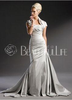 Beautiful Silver Wedding Dress a lovely alternative color for a wedding dress Dress is beautiful
