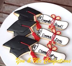 New to YouandMeConfections on Etsy: Cap and Scroll Graduation Hand Decorated Cookies - 1 dozen (48.00 USD)