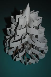 toilet paper roll flowers made into a Christmas tree (from Twilight Tree)