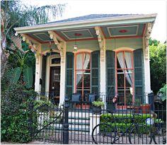 New Orleans Louisiana Garden District Homes Gardens Jazz