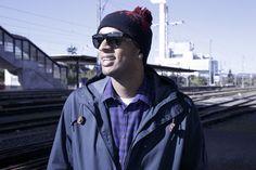 Cipriano Mosso, kubus media Kurzportrait #9 Portrait, Bucket Hat, Hats, Fashion, Tights, Moda, Bob, Hat, Fashion Styles