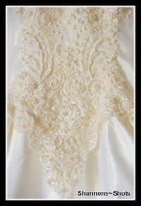 LAST TIME TO LIST $10 SHIPPING & HUGE DISCOUNT $155 VINTAGE 1980'S WEDDING GOWN WITH TRAIN