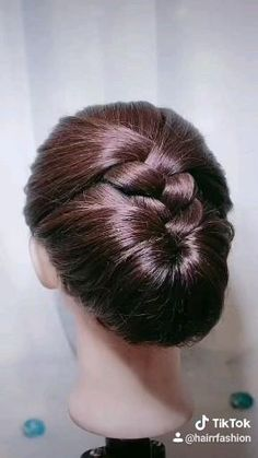 Hairdo For Long Hair, Easy Hairstyles For Long Hair, Up Hairstyles, Up Does For Long Hair, Indian Bun Hairstyles, Ballet Hairstyles, Front Hair Styles, Medium Hair Styles, Natural Hair Styles
