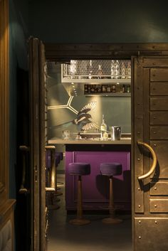 """MURAL - """"L'age d'Or"""" - Large Magpie wall for """"ABE"""" a new high-end Night-club in a former 19th.c. Amsterdam bankoffice. Detail seen through the vault-doors of the Loungebar - ABE Club & Lounge - By Peter Korver   Amsterdam 2013"""