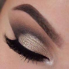✨✨✨ @makeupbyemma  EYES: #AbhShadows – Stone, Witchy, Noir, Metal, Cream