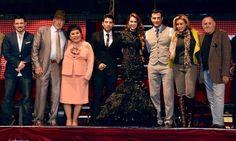 David Zepeda con el elenco de Perfume de Gardenia | Celebrity-gossip.net