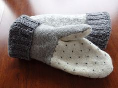 Sweater Mittens Gray and and White Sweater Mittens by SewCat