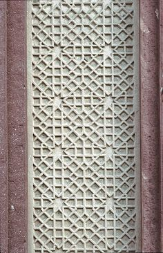 Image IND 0320 featuring decorated area from the Agra Fort, in Agra, India, showing Geometric Pattern using carved masonry or stone relief.