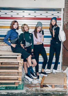"In the musical term ""Crescendo E Diminuendo,"" CRES means ""getting gradually… Korean Street Fashion, Korea Fashion, Asian Fashion, Look Fashion, Girl Fashion, Fashion Outfits, Womens Fashion, Fasion, Fashion Brand"