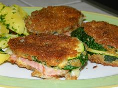Zucchini-Cordon bleu You are in the right place about cauliflower patties Here we offer you the most beautiful pictures about the cauliflower gnocchi you are looking for. When you examine the Zucchini Healthy Soup, Easy Healthy Recipes, Quick Easy Meals, Zucchini Cordon Bleu, Chicken Cordon Bleu, Lemon Sauce For Salmon, Cauliflower Patties, Benefits Of Potatoes, Oven Roasted Salmon