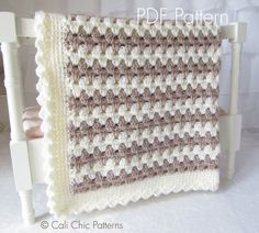 PDF PATTERN of how to make the Teddy Bear Baby Blanket. NOT A PHYSICAL BLANKET FOR SALE.  ♥ Crochet pattern for cute and cuddly Teddy Bear