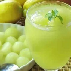 Melon and Ginger Mint Lemonade Turkish Recipes, Greek Recipes, Healthy Foods To Eat, Healthy Recipes, Eating Healthy, Mint Lemonade, Plant Based Recipes, Delish, Food And Drink
