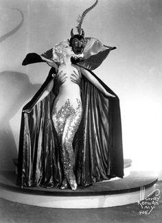 Burlesque devil, Cool costume.