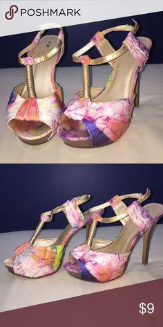 Heels Apt. 9 heels, only worn once & super comfortable! Size: 7.5 Apt.9 Shoes Platforms