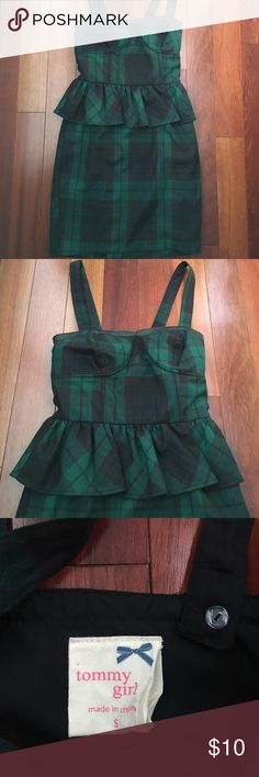 Black and Green Plaid Peplum Dress Black and green peplum dress by Tommy Girl in size small. Has a leather trim on the neckline and falls right above the knee. Never worn! Tommy Hilfiger Dresses Mini