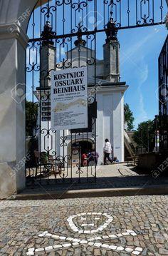 http://www.123rf.com/photo_51421731_chapel-of-the-ossuary-of-sedlec-kutna-hora-czech-republic.html