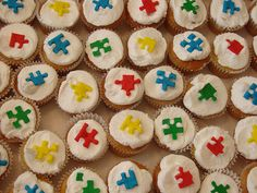 Autism cupcakes! Doing this for the SAS Bake Sale! @ UL on Rex St. October 23, 2012 10-2pm!