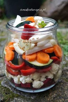 smakoterapia: KISZONE WARZYWA :D Healthy Snacks, Healthy Eating, Healthy Recipes, Slow Food, Fermented Foods, Canning Recipes, Easy Cooking, No Cook Meals, Vegetable Recipes