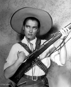 Film Noir Photos: Adventures in Androgyny: Julie Adams Julie Adams, Barbara Bel Geddes, Annie Oakley, Westerns, Jack Nicholson, Revolver, Actor Secundario, Katharine Ross, Saloon