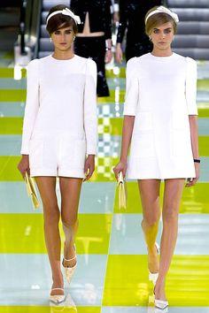 Tendencias 2013 vestidos blanco para el verano - Louis Vuitton