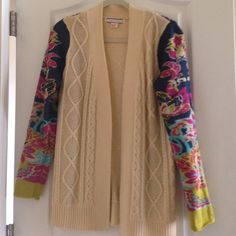 Flying Tomato colorful sweater cardigan. Sz m Beautiful sweater in good condition. Minor pilling on inside of sleeves.  Price reflects. Flying Tomato Sweaters Cardigans
