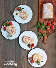 Cream Cheese & Strawberry Roulade #recipe