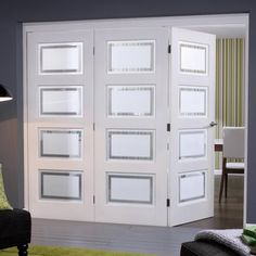 Nuvu Roomfold Contemporary White 3 Door Set Left - Frosted-Lined Glass, 2078mm high and 1671mm, 1902mm or 2130mm wide.