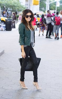 tenue tendance avec un pantalon slim
